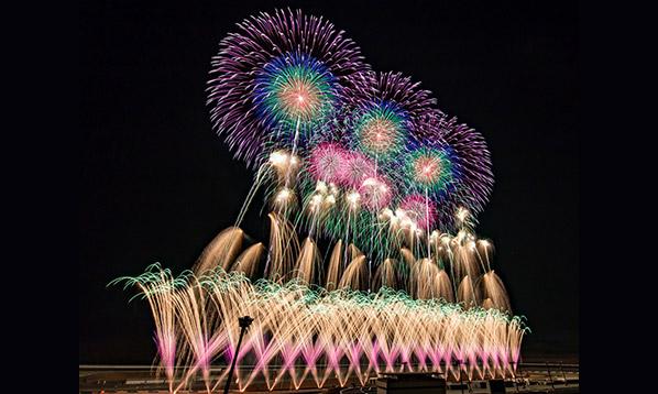 音と光のシンフォニー ツインリンクもてぎ 花火の祭典 夏のPremium Night
