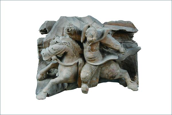 4 趙雲像 木 清時代・17~18 世紀 安徽省亳州市花劇楼 亳州市博物館蔵