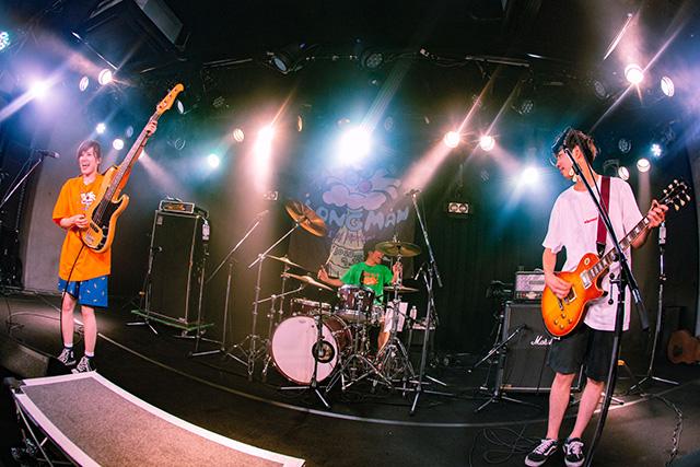 メロディック・パンクバンド LONGMANが地元愛媛で感動の復活ライブ