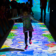「チームラボ 学ぶ!未来の遊園地」 他者と共に世界を自由に創造することを楽しむ「遊園地」が全国各地で開催